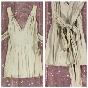 ❗️FLASH SALE❗️ NWT PRADA Sleeveless Cream Blouse